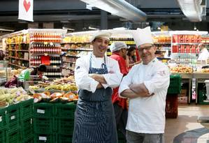 Os chefs Chistophe Lidy e Dominique Guerin são experts do Zona Sul Foto: Guilherme Pinto