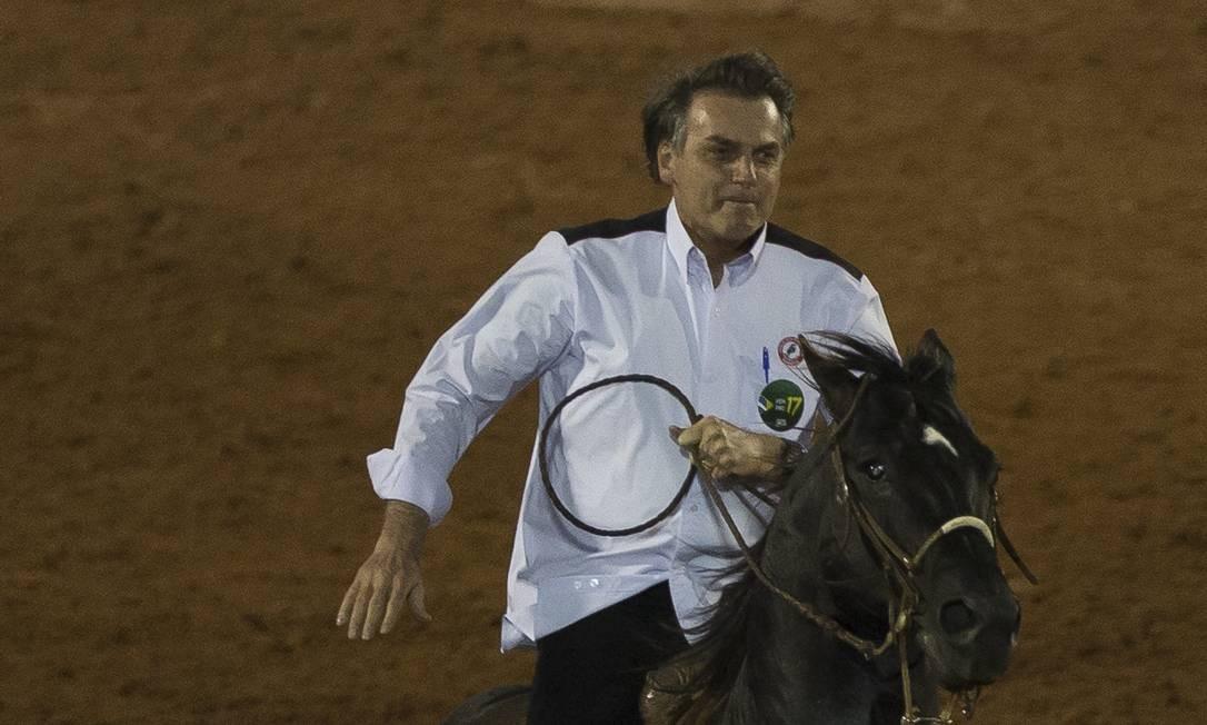 Bolsonaro cavalo na festa de peão de Barretos (SP) Foto: Edilson Dantas / Agência O Globo