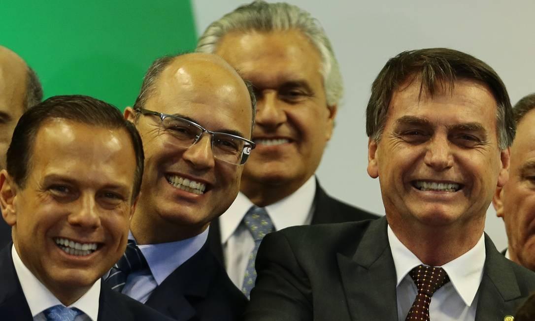 Presidente Jair Bolsonaro com os governadores João Dória (da esquerda para a direita), São Paulo, Wilson Witzel, Rio de Janeiro, e Ronaldo Caiado, Goiás - 16/11/2018 Foto: Jorge William / Agência O Globo