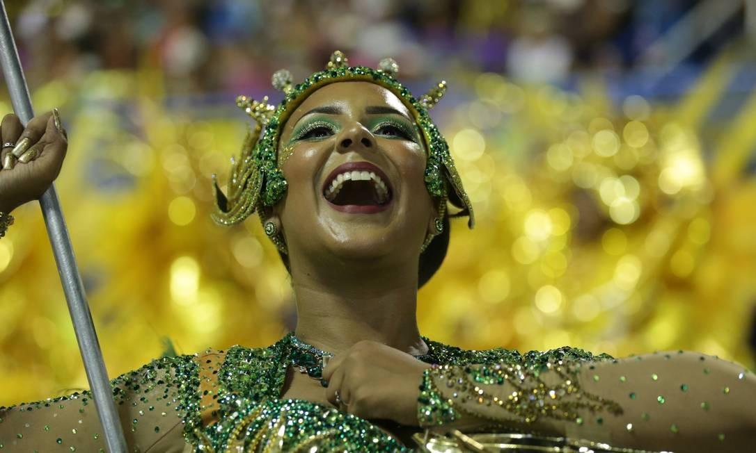 Desfile da Escola de Samba Império Serrano deste ano. A escola de Madureira foi mais uma vez rebaixada e vai desfilar em 2020 no Grupo de Acesso - 07/03/2019 Foto: Márcio Alves / Agência O Globo