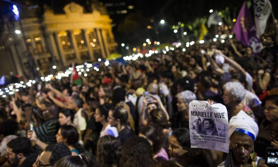 Manifestação na Cinelândia marca um ano da morte da vereadora Marelle Franco - 14/03/2019 Foto: Guito Moreto / Agência O Globo