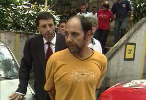 Sequestrador chileno Maurício Hernández Norambuena (de blusa amarela) Foto: Reprodução/ TV Globo