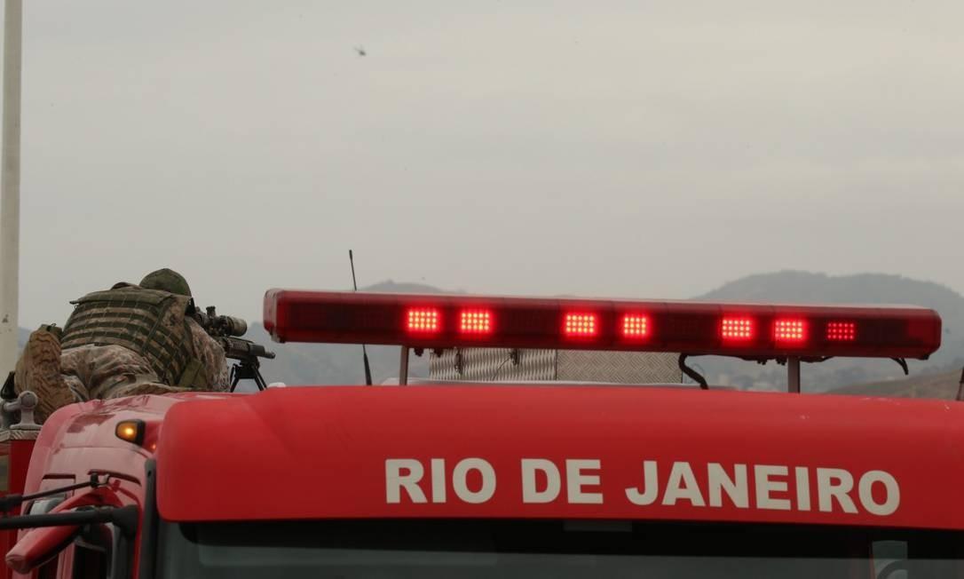 Atirador foi responsável por disparo que atingiu sequestrador Foto: Fabiano Rocha / Agência O Globo
