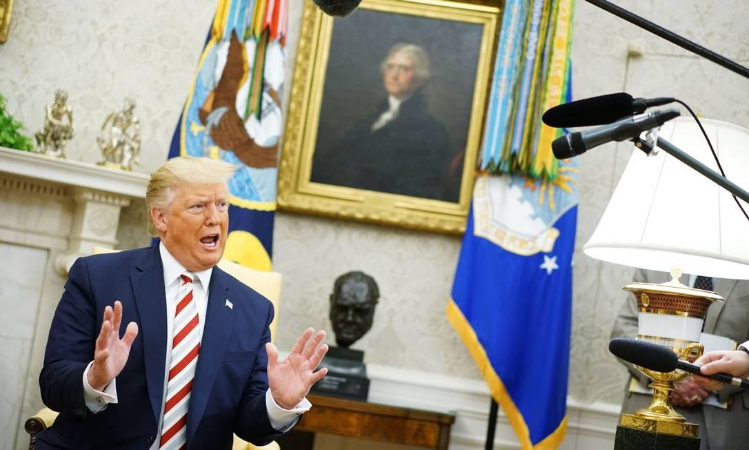 Em declarações à imprensa, na Casa Branca, o presidente americano Donald Trump confirmou contatos diretos entre representantes dos EUA e Venezuela, mas não sinalizou quem são os representantes ou mesmo os assuntos tratados Foto: MANDEL NGAN / AFP