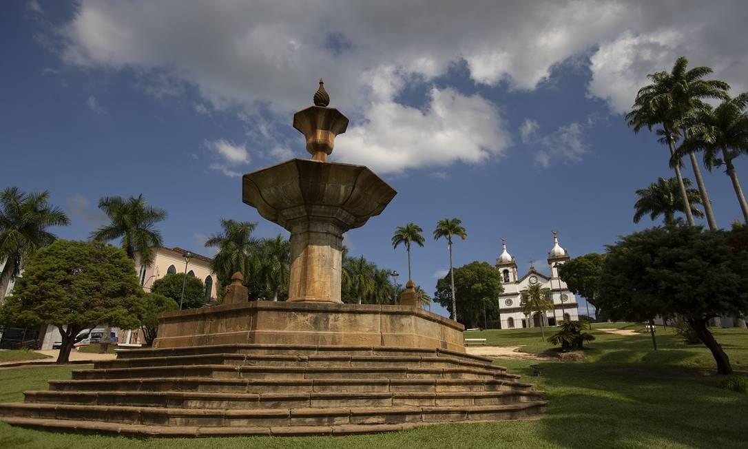 Praça Barão do Campo Belo, coração de Vassouras, cidade que integra a região turística do Vale do Café Foto: Alexandre Cassiano / Agência O Globo