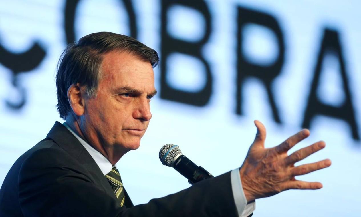 O presidente Jair Bolsonaro declarou (21/08), sem apresentar provas, que ONGs podem ser responsáveis pelas queimadas, em retaliação ao corte de verbas que recebiam do governo - 21/08/ 2019 Foto: ADRIANO MACHADO / REUTERS