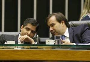 O prefeito de Salvador, ACM Neto, e o presidente da Câmara dos Deputados, Rodrigo Maia Foto: Givaldo Barbosa 25/04/2018 / Agência O Globo