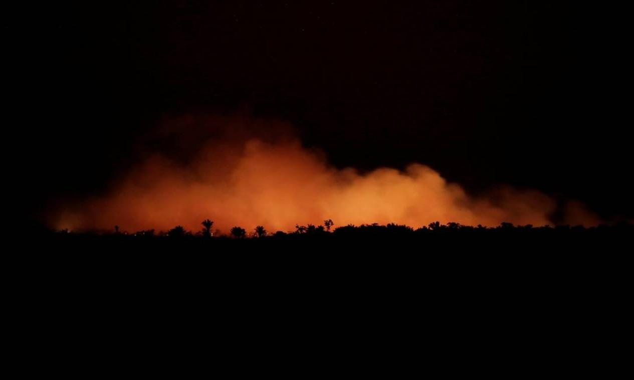 Incêndio em uma área da floresta amazônica perto de Humaitá, Estado do Amazonasem 17 de agosto de 2019 Foto: UESLEI MARCELINO / REUTERS