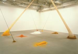 'Paff', instalação de Ernesto Neto na exposição 'Campo', que a Escola de Artes Visuais do Parque Lage inaugura neste sábado Foto: Divulgação