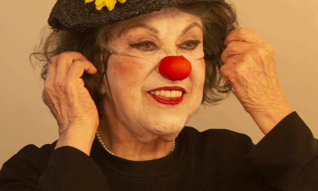 Ruth Mezeck aborda com humor a terceira idade em espetáculo Foto: Bruno Kaiuca / Agência O Globo