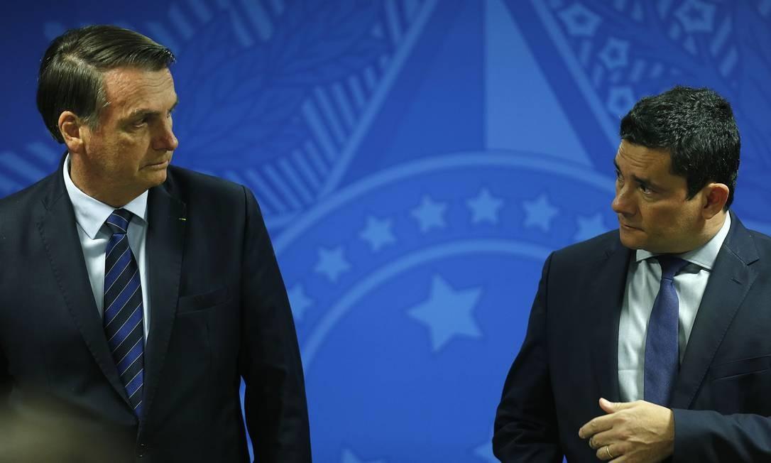 O presidente Jair Bolsonaro e o ministro da Justiça, Sérgio Moro 17/06/2019 Foto: Jorge William / Agência O Globo
