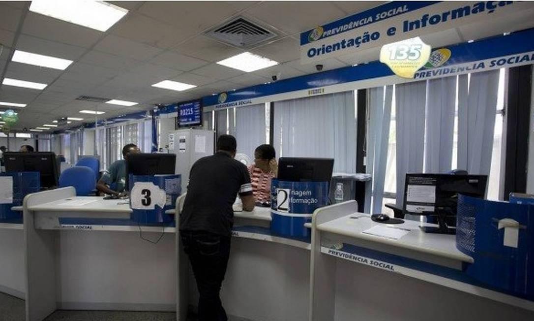 Apenas este ano, 4.206 servidores do INSS já deram entrada na aposentadoria em todo o país Foto: Márcia Foletto / Agência O Globo