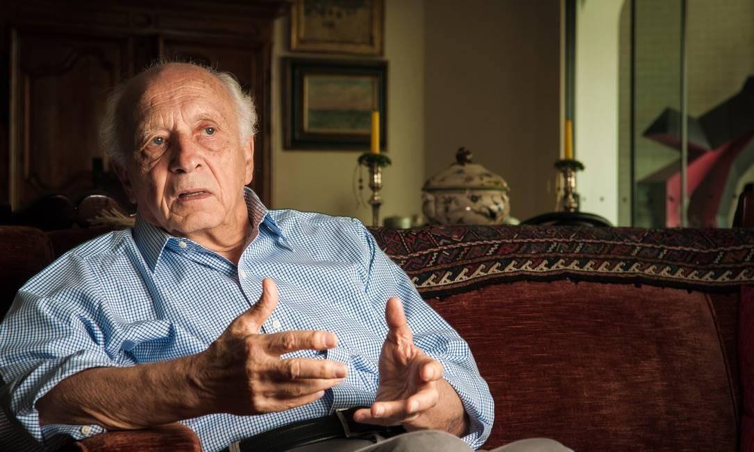 Rubens Ricupero, ex-ministro da Fazenda do Brasil, acredita que Brasil vive pior crise de imagem da sua História Foto: Ana Paula Paiva / Agência O Globo/Valor