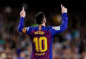Messi comemora gol sobre o Bétis pelo Campeonato Espanhol Foto: MARCELO DEL POZO / REUTERS