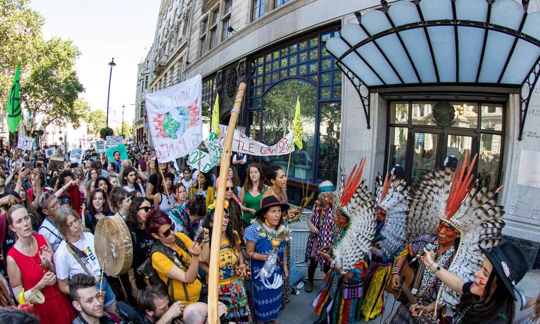 Protesto diante da embaixada do Brasil em Londres esta semana Foto: DYEGO RODRIGUES / DYEGO RODRIGUES