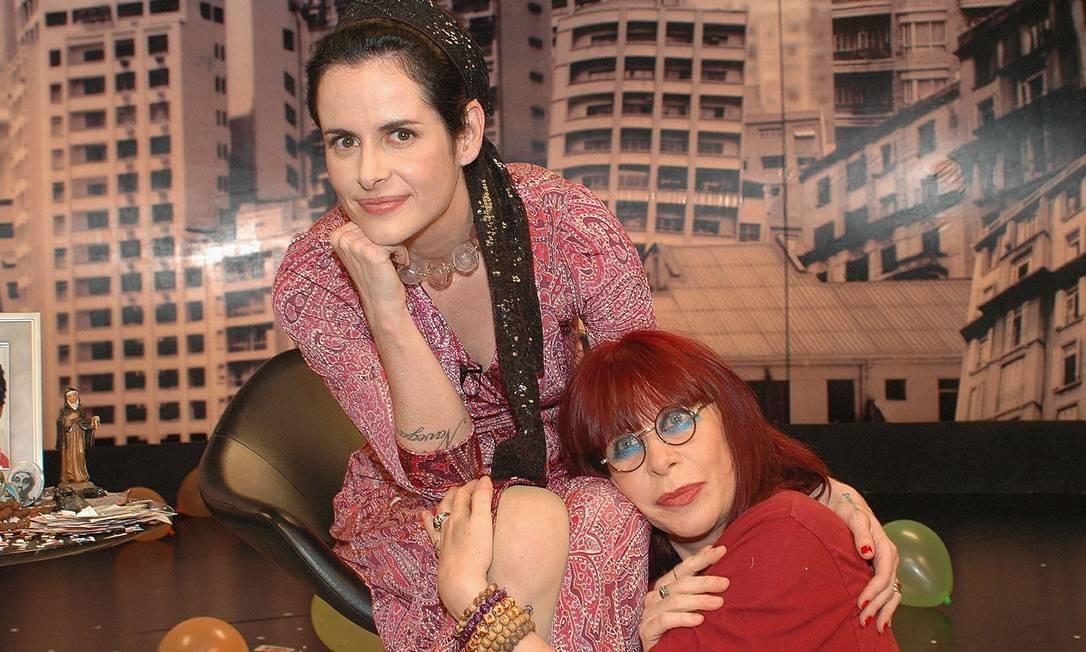 """Fernanda Young com Rita Lee nos bastidores do programa """"Irritando Fernanda Young"""" do GNT Foto: Divulgação"""