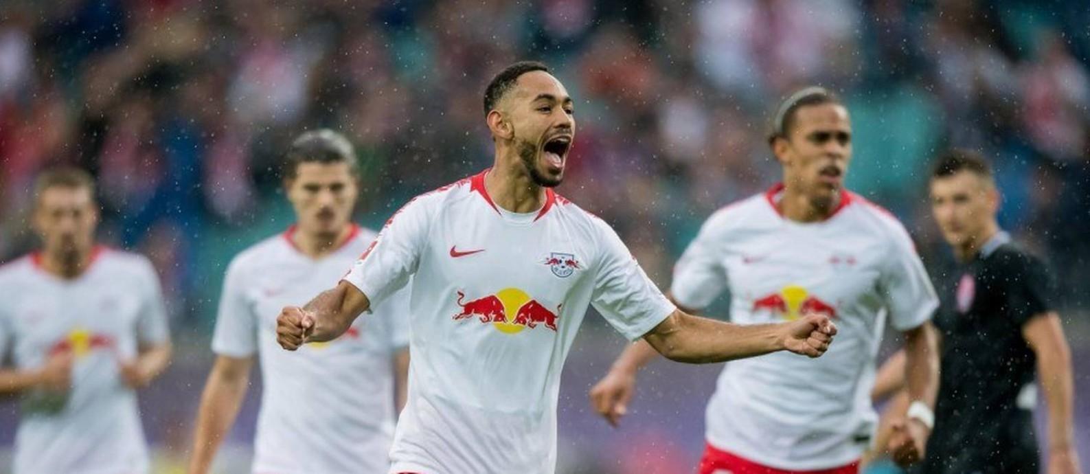 O brasileiro Matheus Cunha comemora um de seus gols pelo Leipzig Foto: Arquivo
