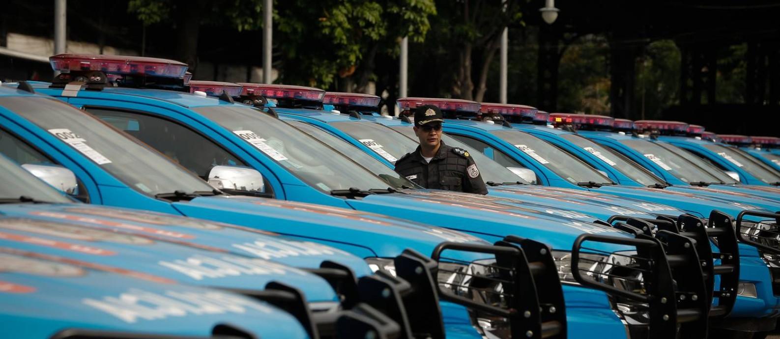 Frota entregue ao Batalhão de Choque: aparelhamento é apontado como fator para redução de crimes Foto: Pablo Jacob / Agência O Globo
