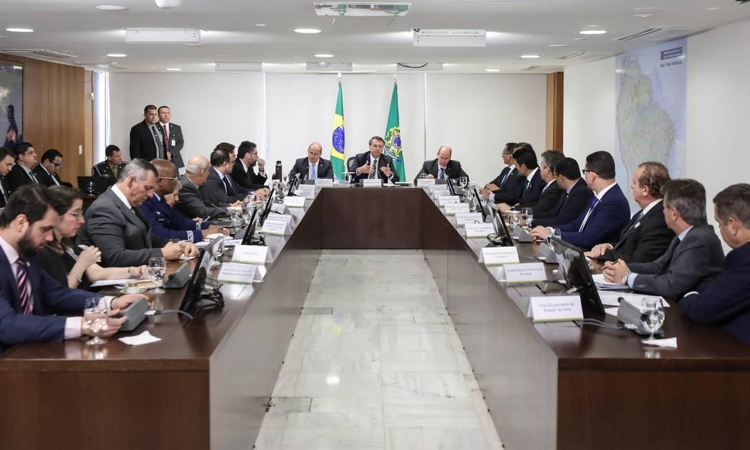 O presidente Jair Bolsonaro recebe governadores para discutir queimadas na Amazônia. Foto: Marcos Correa/PR
