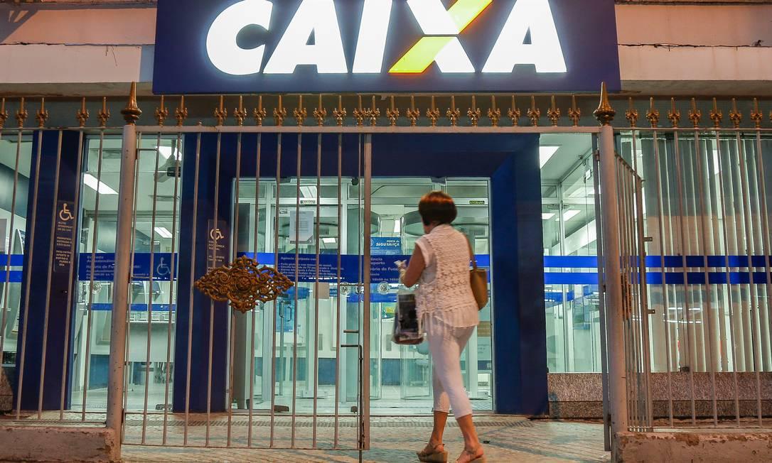 Campanha pode beneficiar cerca de 3 milhões de clientes até 31 de dezembro: descontos até 90% para valores em atraso a mais de 360 dias Foto: Marcelo Régua / Agência O Globo