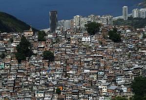 Parte do projeto Comunidade Cidade, ação deve receber investimento de R$ 1,5 bilhão e tem lançamento previsto para setembro Foto: Custódio Coimbra / Agência O Globo