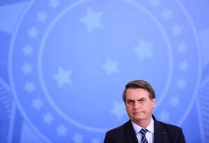 O presidente Jair Bolsonaro conversou com a chanceler Angela Merkel Foto: Evaristo Sá / AFP