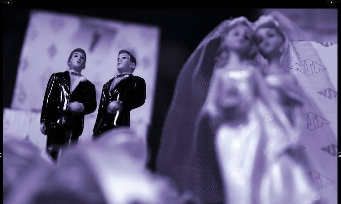 """Não há um """"único gene"""" responsável pela homossexualidade, mas vários. E, embora exerçam influência, não são determinantes Foto: Arte sobre foto de Justin Sullivan/AFP"""