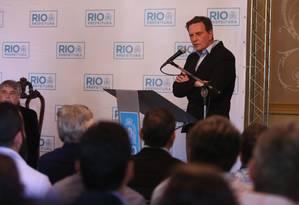 O prefeito do Rio de Janeiro, Marcelo Crivella, no Palácio da Cidade, em Botafogo, nesta sexta-feira Foto: Fabiano Rocha / Agência O Globo