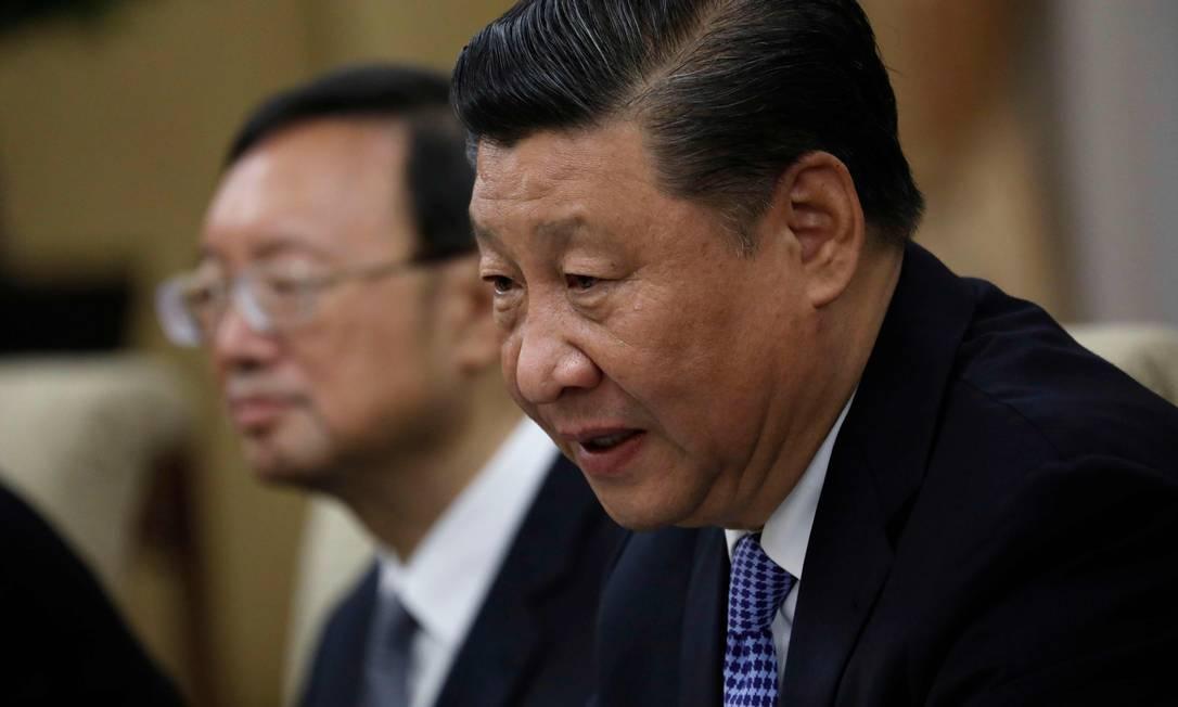 Matéria sobre primo de presidente chinês Xi Jinping irritou a cúpula do governo em Pequim e influenciou na decisão de não renovar visto de correspondente do Wall Street Journal no país Foto: HOW HWEE YOUNG / AFP