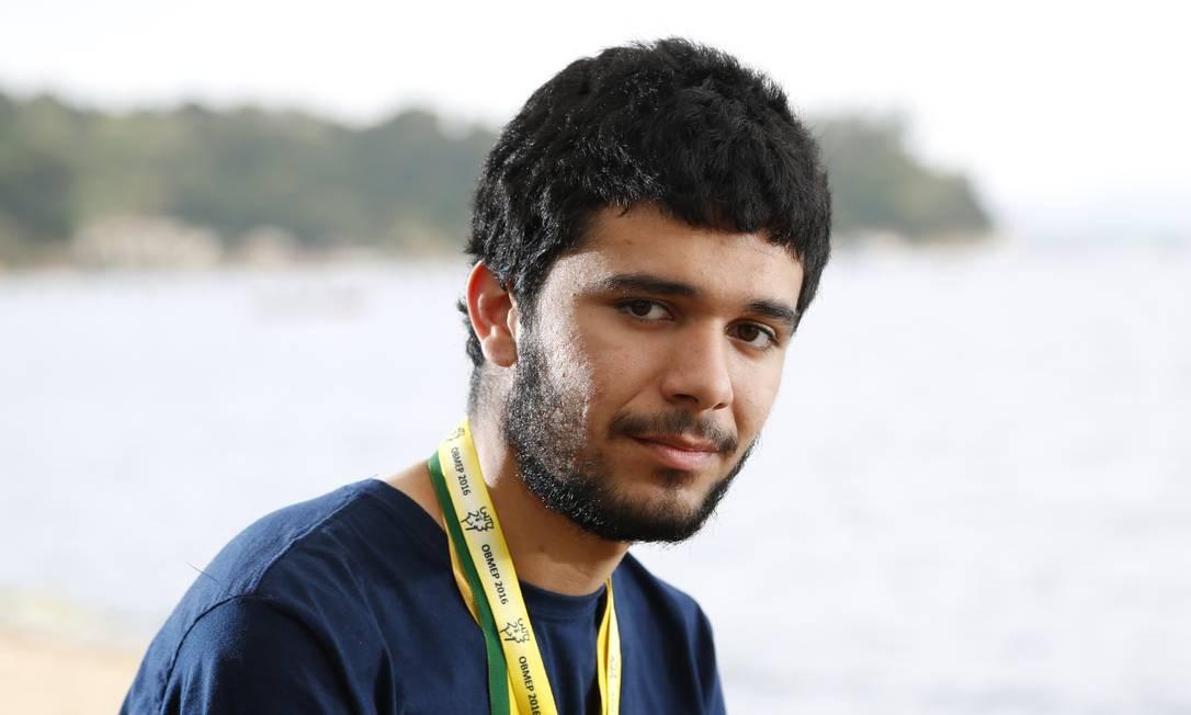 Caio Diniz Dupin Galvão, medalhista da OBMEP Foto: Fabio Rossi / Agência O Globo