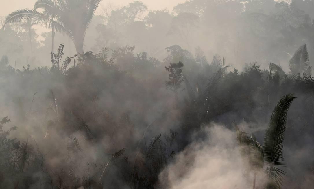 Fumaças provenientes das queimadas na Amazônia chegam à Argentina e ao Uruguai Foto: UESLEI MARCELINO / REUTERS