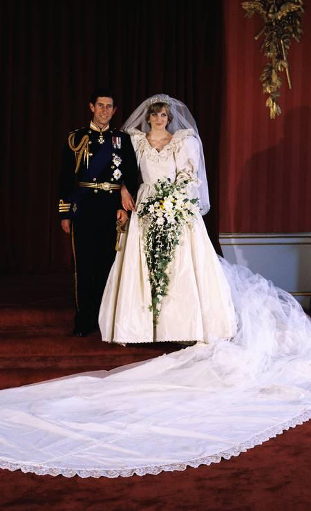 Em 1981, Diana se casou com o príncipe Charles, na St. Pauls Cathedral, em Londres Foto: David Levenson / Getty Images