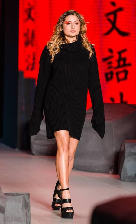 A trajetória de Sasha no mundo da moda começou em outubro de 2016 no desfile da Coca-Cola Jeans, na São Paulo Fashion Week Foto: Mauricio Santana / Getty Images