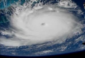 Furacão Dorian, visto da Estação Espacial Internacional, em fotografia divulgada pela Nasa Foto: NASA / Reuters