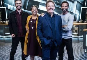 Leo Paixão, Katia Barbosa, Claude Troisgros e José Avillez estrelam 'Mestre do sabor' Foto: Divulgação/Globo/Victor Pollak