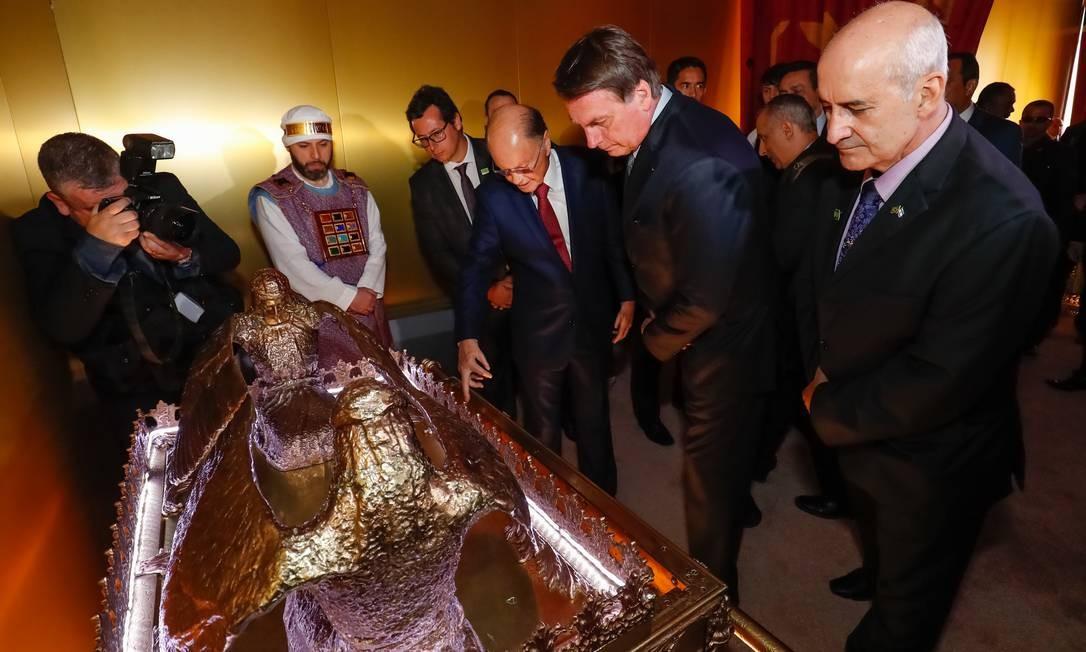 Após o culto, o presidente almoçou com Edir Macedo em uma residência do bispo anexa ao Templo de Salomão. Seu filho Jair Renan também estava presente. Foto: Alan Santos / PR