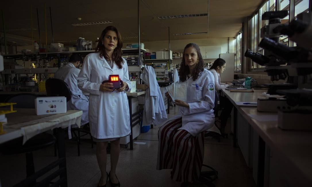 Estão sendo feitos os últimos testes clinicos em humanos para pedir autorizacao da Anvisa e disponibilizar a tecnologia para o SUS Foto: Daniel Marenco / Agência O Globo