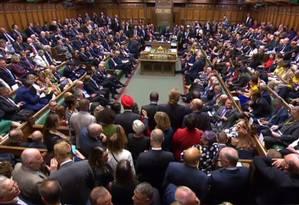 Parlamentares aguardam resultado de votação de urgência para projeto que barra Brexit sem acordo, um cenário que, segundo analistas traria sérios riscos ao país Foto: - / AFP