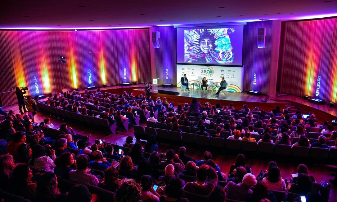 Evento debateu as mudanças na educação Foto: Alex Ferro