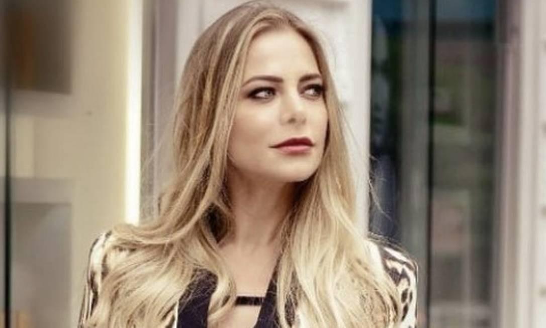 Jackeline Petkovic, modelo e ex-apresentadora de TV: filho com distúrbio neurobiológico foi expulso de colégio após agredir aluno Foto: Reprodução