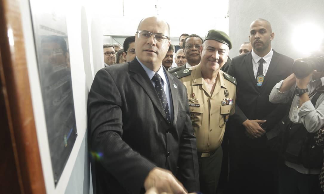 O governador Wilson Witzel, em Gericinó Foto: Gabriel de Paiva / Agência O Globo