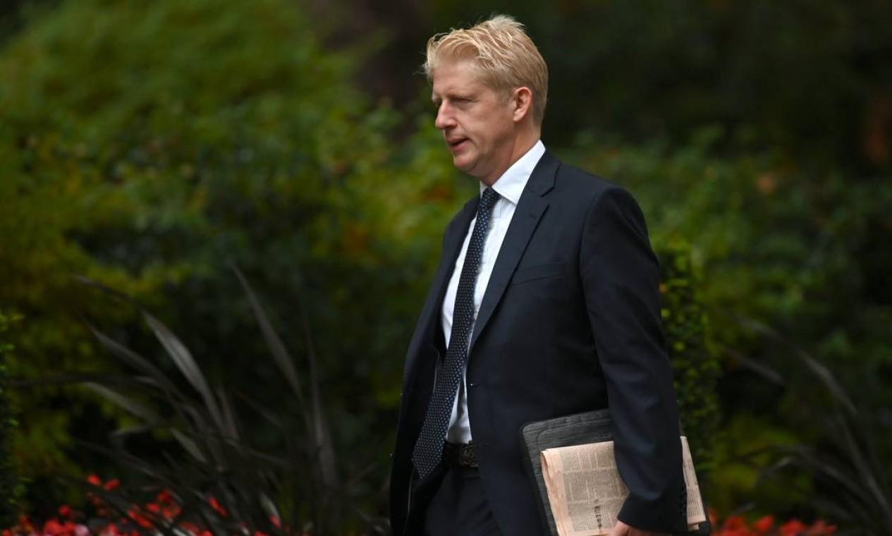 O Ministro da Grã-Bretanha, Jo Johnson, irmão do primeiro-ministro britânico, Boris Johnson, pediu demissão do governo e do parlamento. Foto: DANIEL LEAL-OLIVAS / AFP