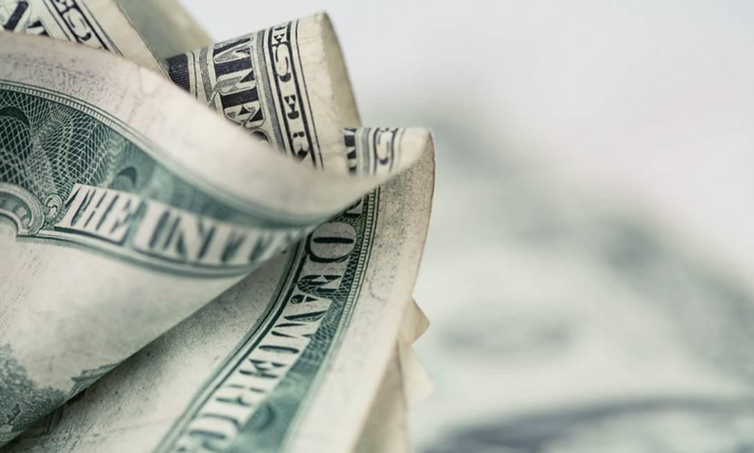 Em agosto, Real perdeu valor em relação ao dólar Foto: Getty Images