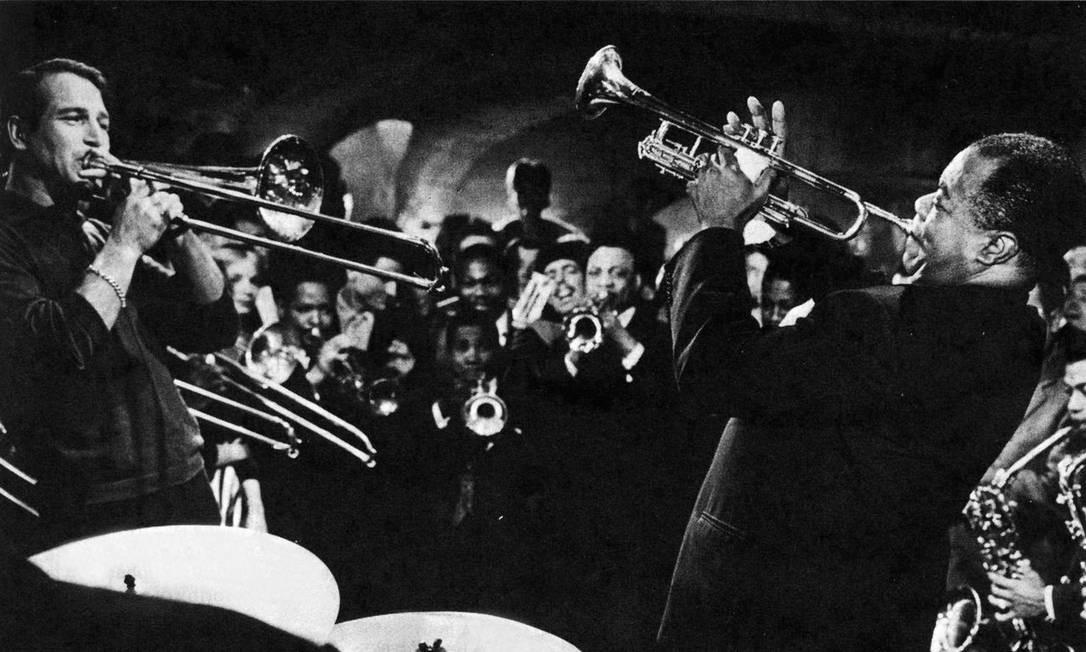 Paul Newman e Louis Armstrong no filme de
