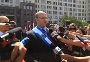 Governador Wilson Witzel atende a imprensa após desfile cívico militar Foto: Brenno Carvalho / Agência O Globo