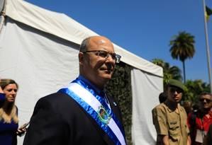 Witzel após o desfile cívico militar na Av. Presidente Vargas Foto: BRENNO CARVALHO / Agência O Globo
