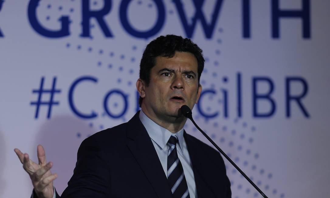 Plano do ministro Sergio Moro, lançado no fim de agosto, prevê coordenação de forças de segurança pública e ações de estados e municípios em áreas como educação e saúde Foto: Jorge William / Agência O Globo