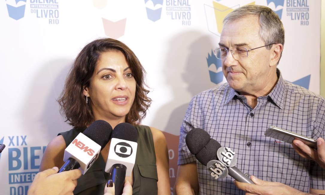 Thalita Rebouças e Laurentino Gomes vão participar de coletiva de imprensa e realizar um manifesto que deverá ser transmitido nas rede sociais Foto: Marcos Ramos / Agência O Globo
