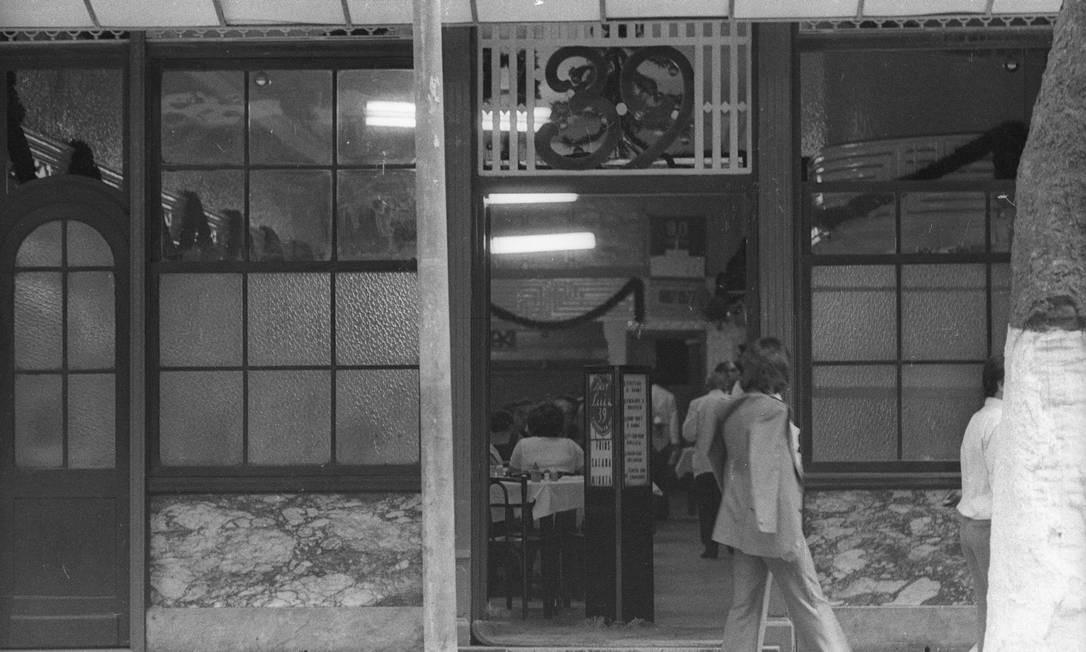 Desde 1927, que o Bar Luiz ocupa o número 39 da rua da Carioca Foto: Alcyr Cavalcanti / Agência O Globo