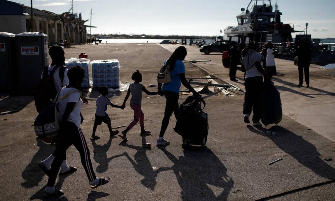 Dezenas de pessoas foram impedidas de entrar nos Estados Unidos Foto: Marco Bello / Reuters
